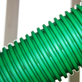Пластиковые перфорированные трубы для дренажа