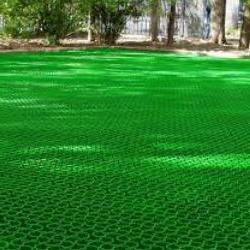 Обустройство травяного паркинга с помощью газонной решетки