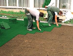 Сборка газонной решетки