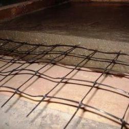 Армирование бетонных стяжек геосеткой