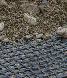 Армирование геосеткой откосов дорожной насыпи